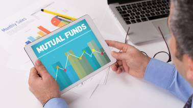 Banking funds outshine sectoral fund categories, while pharma funds lag