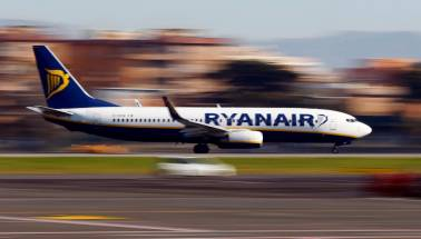 Irish airline Ryanair makes 'non-binding' offer for Alitalia
