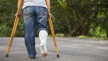 5 factors you must check before buying a personal accident insurance cover