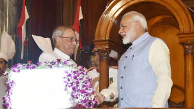 In farewell speech, President Pranab Mukherjee has words of advice for Modi Government
