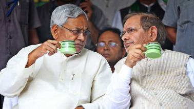 Bihar CM Nitish Kumar sets out to join BJP, JD(U) headed for split