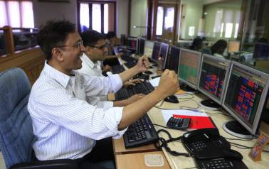Sharp rally in banks & FMCG pushes Sensex up 321 pts, Nifty just below 9900