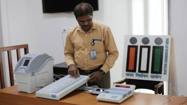 Gujarat poll officials 'forget' EVM in jeep, driver brings it back