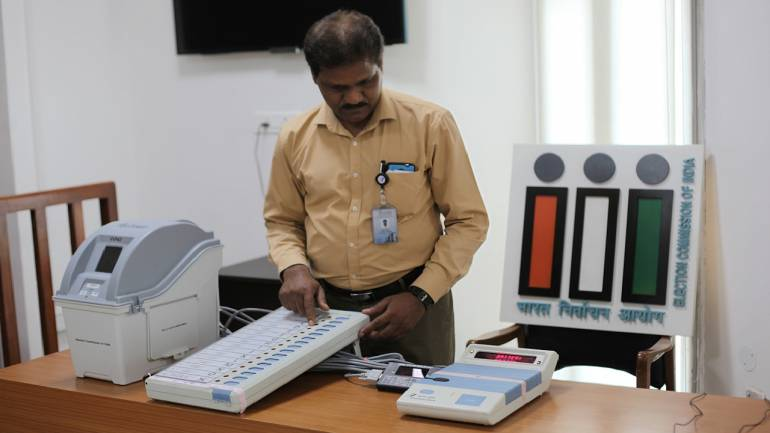 Size of VVPAT paper slips to be increased: EC