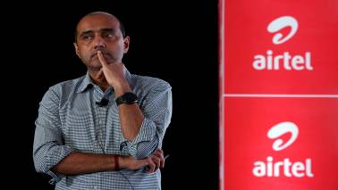 Bharti Airtel CEO sells stake in firm to Bharti Telecom