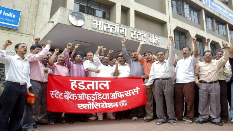 Bank Unions to strike on Tuesday, financial services may be hit