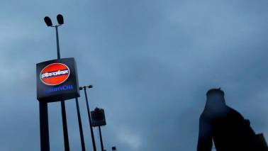Indian Oil Corporation gets govt nod to buy US crude oil every month this year