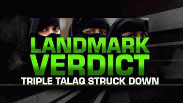 SC strikes down instant Triple Talaq, calls it 'unconstitutional' & 'arbitrary'