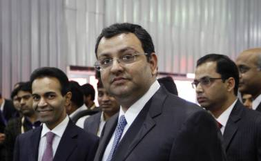 'I am being sacked', Cyrus Mistry texted wife upon ouster from Tata Sons