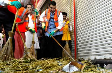 3 years of Swachh Bharat mission: Govt claims 84% urban areas Open-Defecation Free