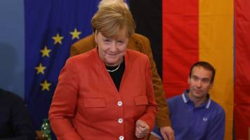 Angela Merkel gets strong backing from her party after talks fail