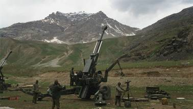 CBI tells panel it asked govt in 2005 to approach SC on Bofors