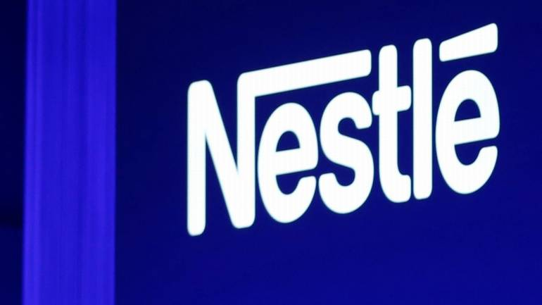 Nestle says approach to L'Oreal stake unchanged
