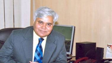 Spectrum costs paid by telcos to satisfy own users, can't be part of IUC: TRAI Chief