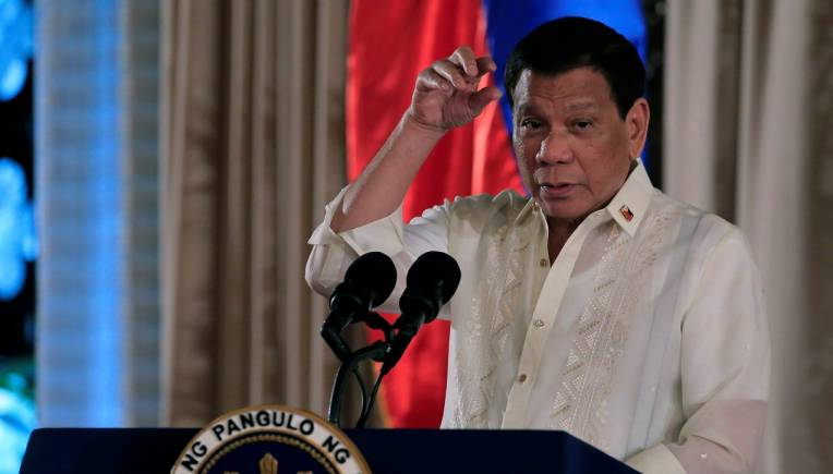 Drug war and Islamist rebellion pose 'rising' risks for Philippine economy: Moody's