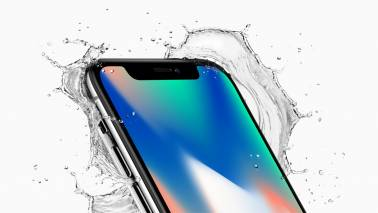 Here's how the new Apple iPhone X looks like in action