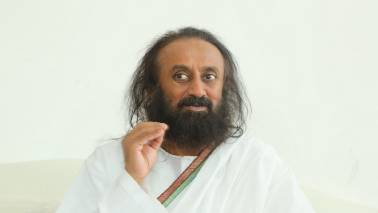 Sri Sri Ravi Shankar to visit Ayodhya today in his attempt to play mediator in Babri dispute