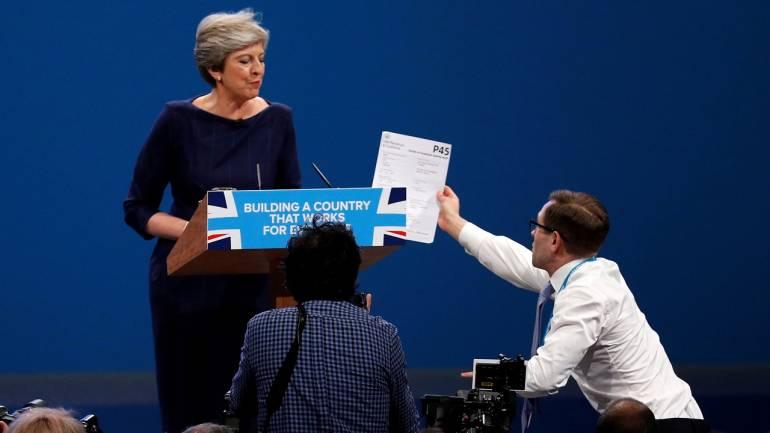 Theresa May under fresh pressure to step down as British PM