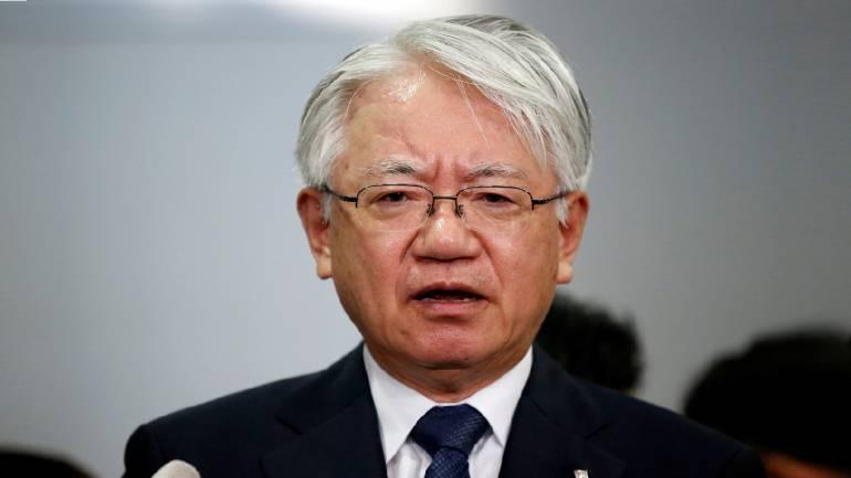 Kobe Steel CEO says data-cheating may have spread beyond Japan as gov't orders probe