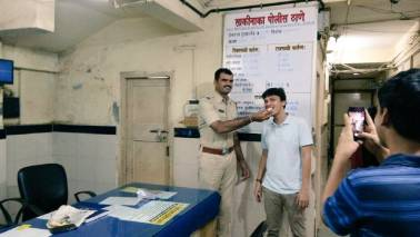 Mumbai police surprises man who came to file an FIR with a birthday cake