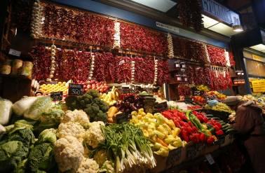 Govt sets floor price on pepper import at Rs 500 per kg