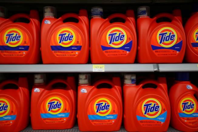 Tide laundry detergent is shown on display in Compton, California, U.S., January 10, 2017. REUTERS/Mike Blake - RC17C51DE640