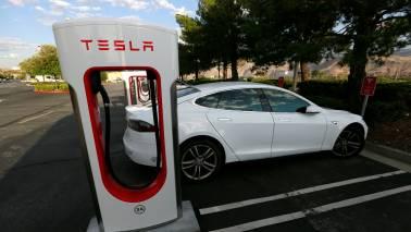 Lack of standardisation in charging infra major bottleneck for electric vehicles