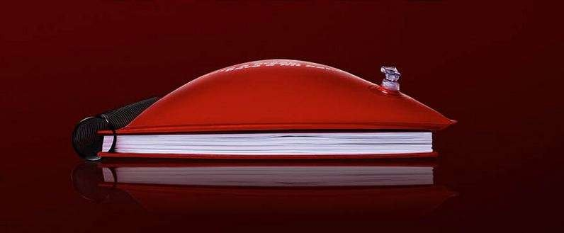 Q29.The Pillow Book ad campaign was created by JWT. The inflatable notebook works as both a pad of paper and as a soft cloud of comfort. Users can inflate the cover of the notebook at anytime and enjoy a guerrilla nap. Which brand came out with this campaign?