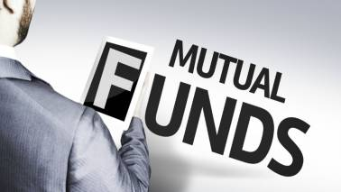 Why you should invest in multiple funds to mitigate portfolio risk