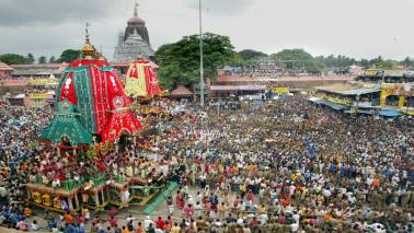 Restrictions on entry of devotees into sanctum sanctorum of Jagannath temple