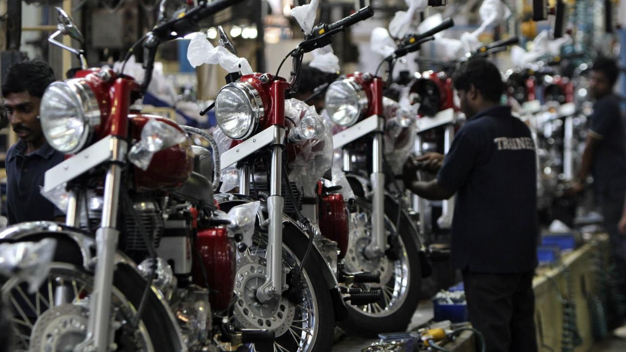 Maruti Suzuki's December sales up 10 percent