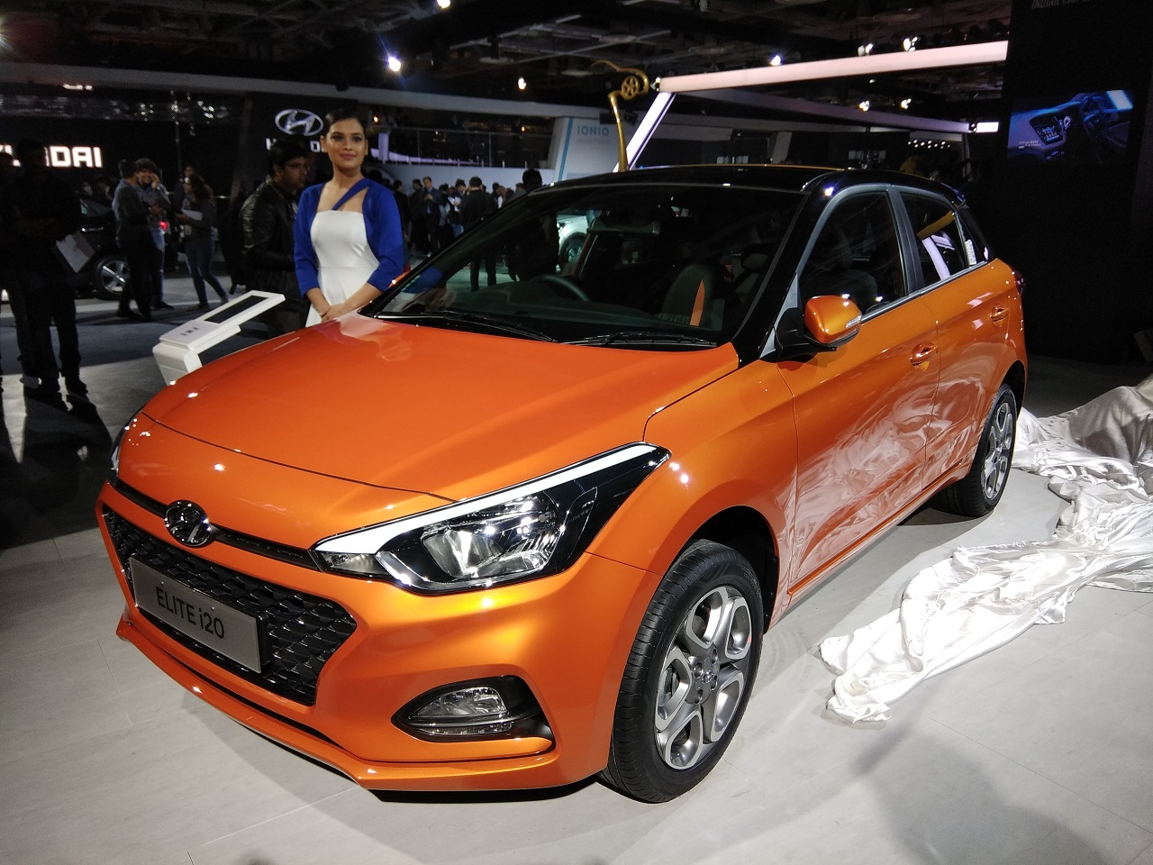 Auto Expo 2018 Hyundai Unveils Ioniq Electric And 2018