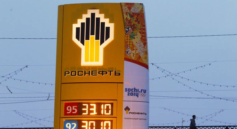China invests $9 1 billion in Rosneft as Glencore, Qatar cut stakes