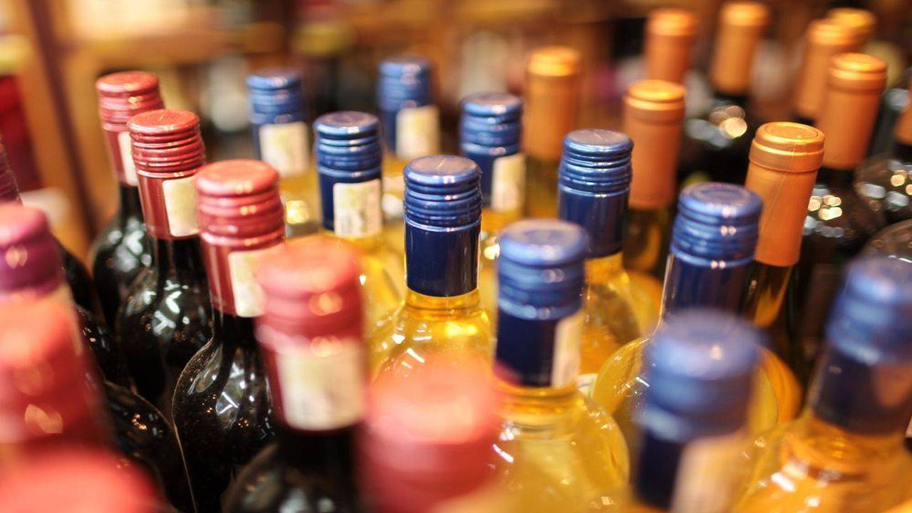 Associated Alcohols & Breweries | Dolly Khanna | The Chennai-based investor has acquired 1.03 percent holding in Associated Alcohols & Breweries. The company makes and markets liquor for many international and national brands including Smirnoff, Black Dog, Black & White, Bagpiper, MC Dowell No. 1, White Mischief, etc.
