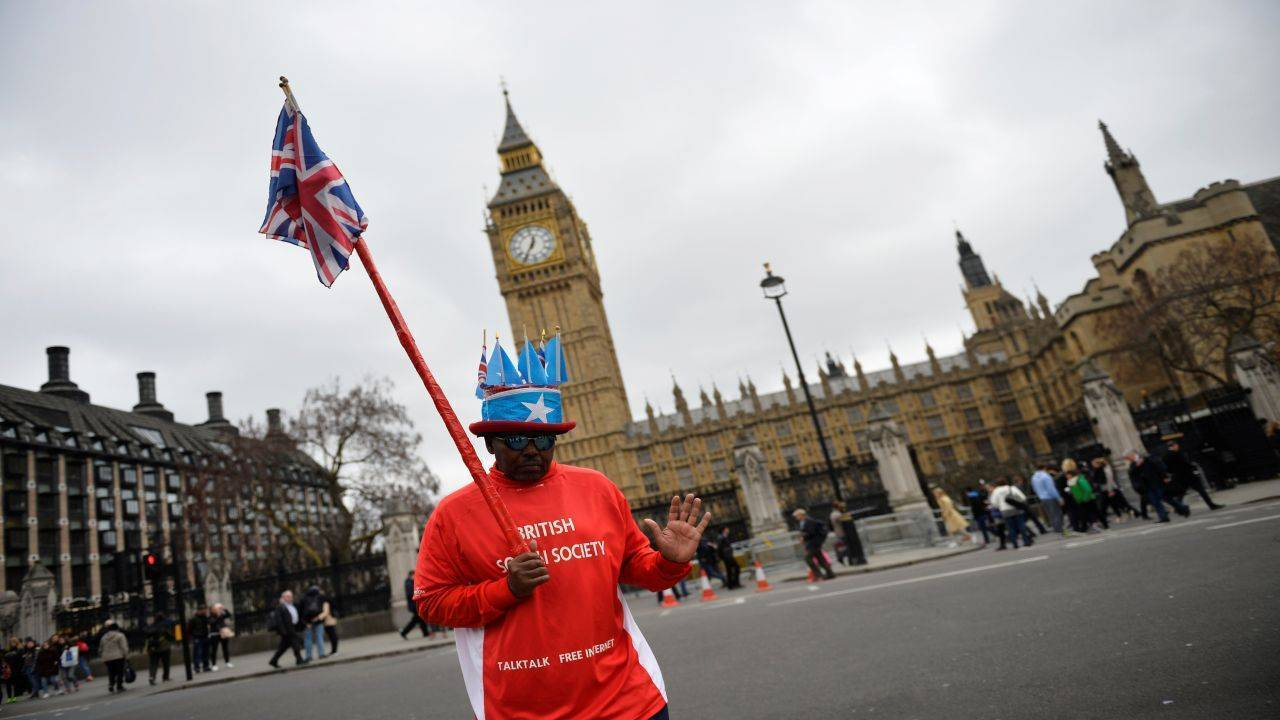 No 9: United Kingdom | Despite Brexit threatening to relocate several financial institutions from the UK, the country still manages to attract many affluent customers. The UK also allows companies the potential to expand and do more business across Europe. (Image: Reuters)