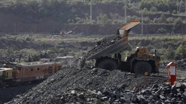 NMDC suspends iron ore-mining in Karnataka