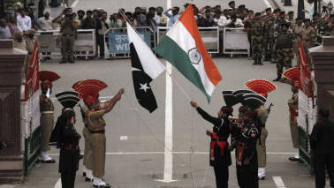 Indian diplomats attend Pakistan Day parade for first time: Report