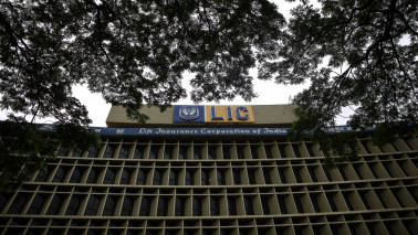 LIC stake in SBI rises to 10.4%; pays Rs 5,700 cr to pick up 38% in QIP issue