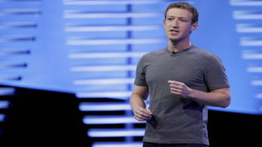 Zuckerberg's silence on data scandal stumps Facebook employees