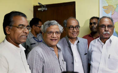 Yechury takes dig at Nitish's 'political opportunism'