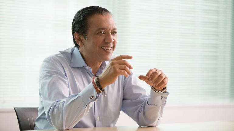 SoftBank Group in new soup over allegations against Vision Fund chief Rajeev Misra: Report thumbnail