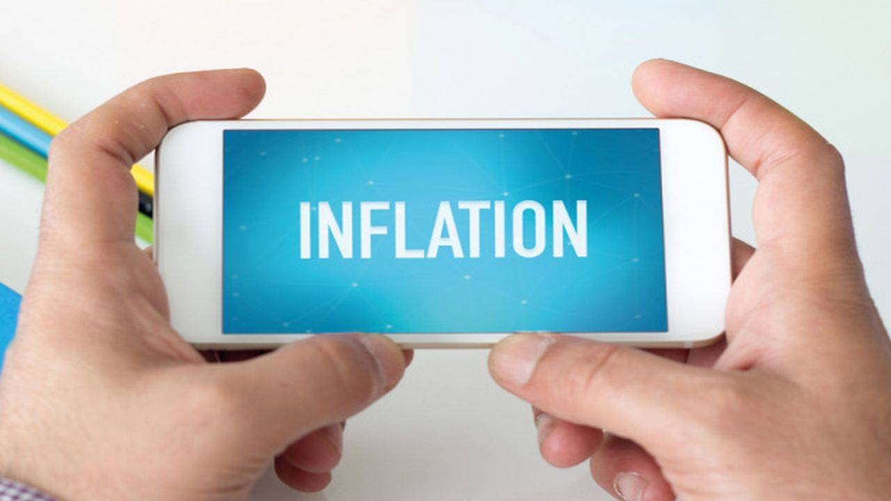 CPI inflation for first half of 2018-19 estimated in the range of 5.1-5.6 per cent. Second half inflation estimated at 4.5-4.6 percent, with risks tilted to the upside.