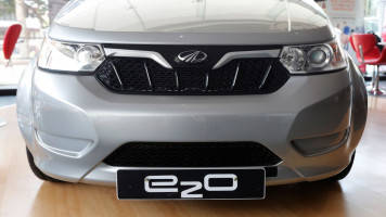 Mahindra, Ford to develop SUVs, small electric vehicles