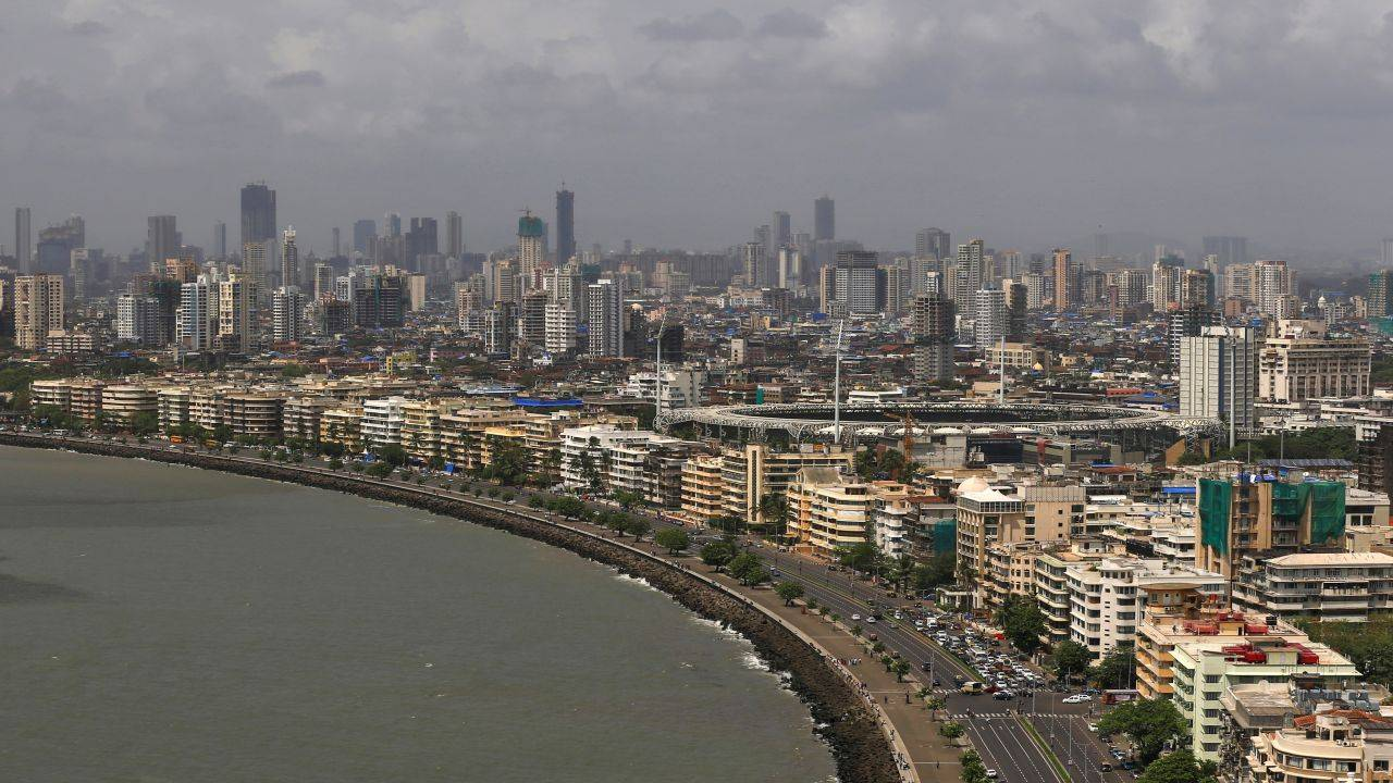 9. Mumbai, India: 39 billionaires | The financial capital of India is tied with Shenzen at the 9th spot. Also known as the city of dreams, Mumbai attracts people from all corners of India. (Image: Reuters)