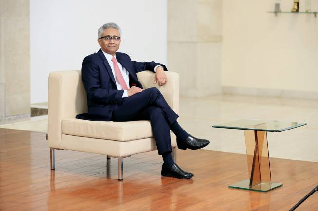 HDFC Bank sets aside Rs 206 cr provisions for agri, telecom, iron &.