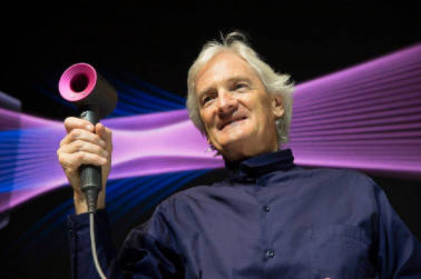 James Dyson chooses Singapore over Britain to build electric car