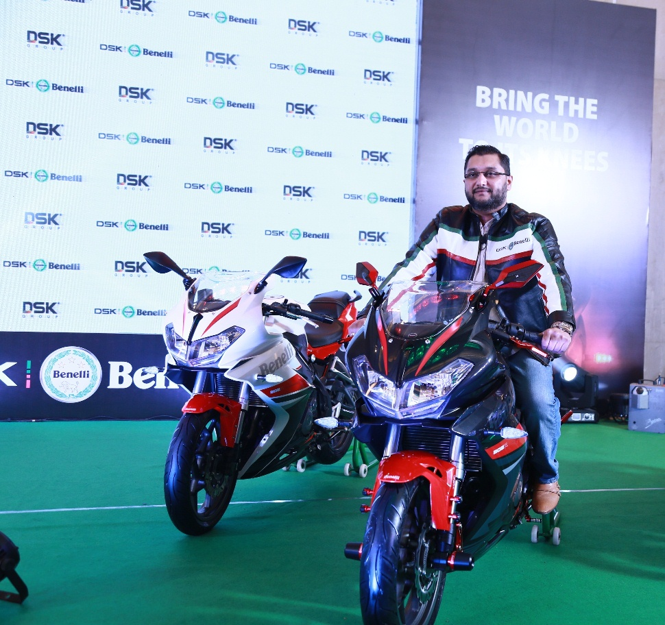 Mr. Shirish Kulkarni, Chairman, DSK Motowheels at 302 R Launch_3