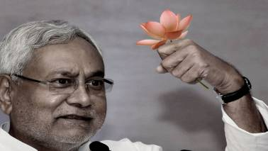 JD(U) authorises Nitish Kumar to finalise party stand on political issues