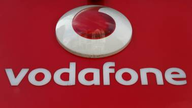 Vodafone India's H1 operating profit falls 39%
