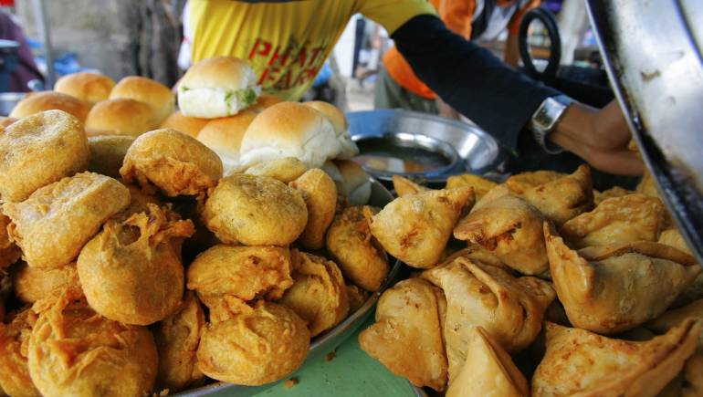 Kashmiri Chilli Chicken Filled Samosa Wins Contest In South Africa